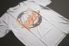 Tshirt-mockup-white